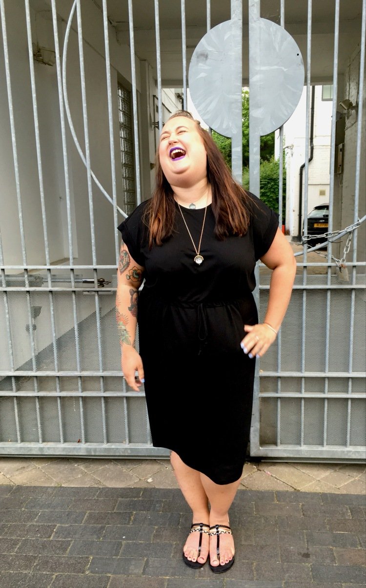 lottie-lamour-asos-curve-dress-black-tshirt-casual-review-plus-size-fashion-blogger