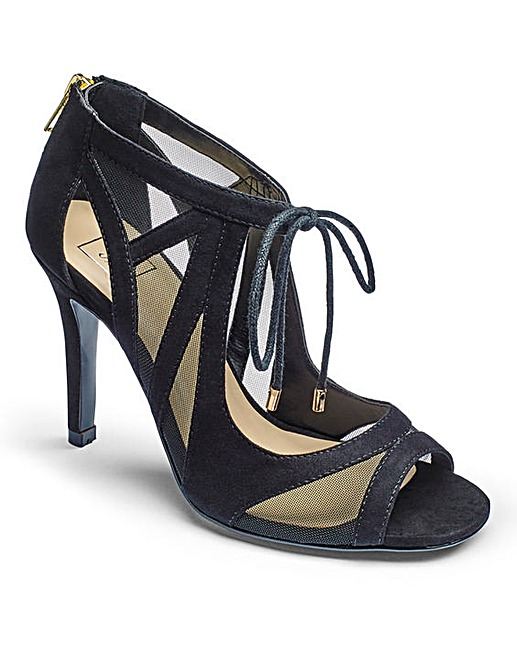 simply-be-tie-sandals-party-shoes-wide-fit-lottie-lamour-blogger