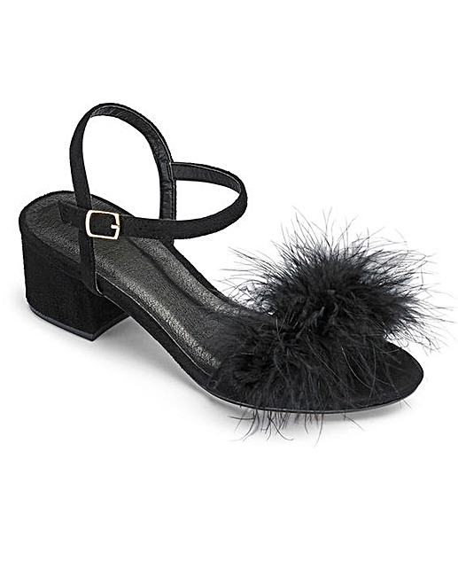 simply-be-fluffy-block-heel-wide-fit-sandals-black-lottie-lamour-review-plus-size